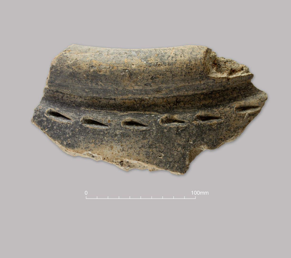 Grog-tempered greyware  large storage jar. Early Roman (c. 50–150 AD)