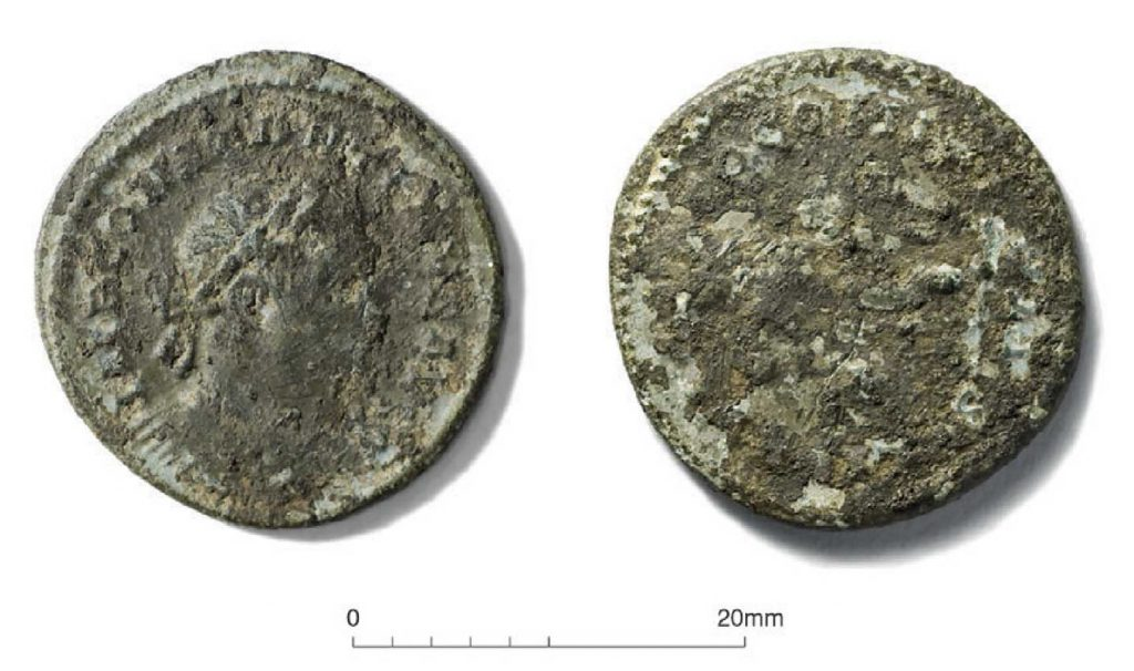 A coin of the Roman Emperor Constantine I was found in the remains of the pottery kiln.
