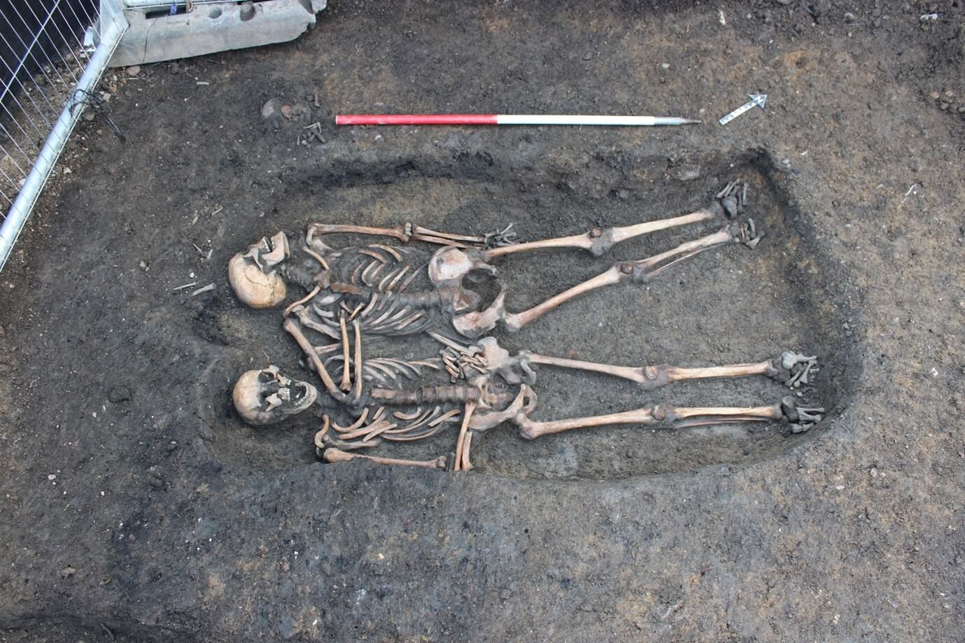 double burial from Gloucester