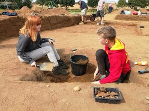 Suffolk Family Carers volunteers excavating the site Ⓒ Suffolk County Council